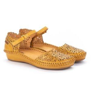 Pikolinos Puerto Vallarta Laser Cut Leather Mary Jane Sandals Size 39 US 8.5/9